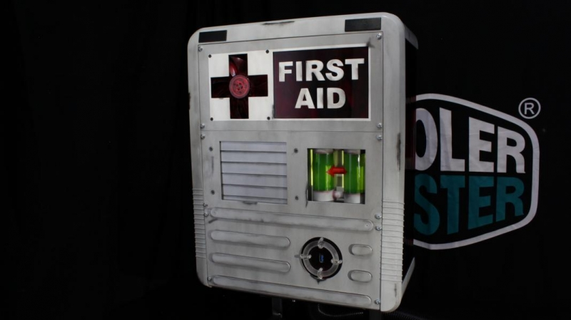 H.E.V. First Aid Charger Casemod 800 (1)