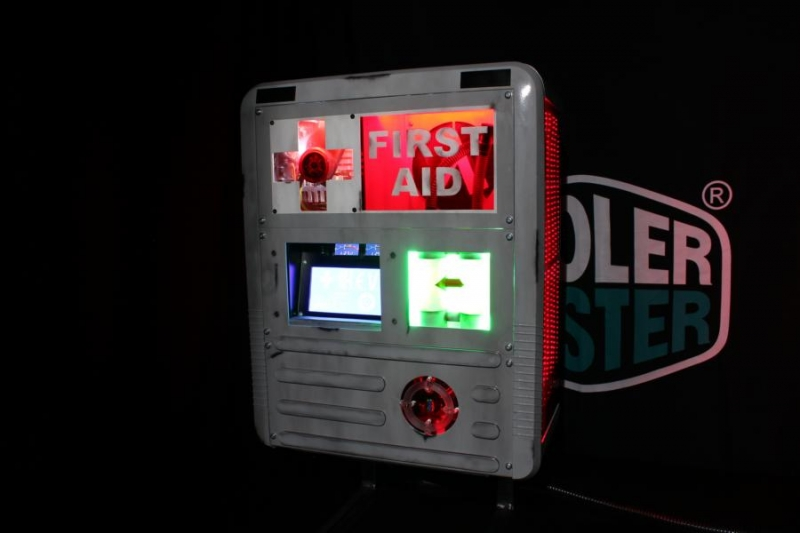 H.E.V. First Aid Charger Casemod 800 (2)